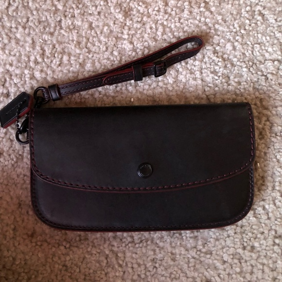 Coach Handbags - Coach leather clutch